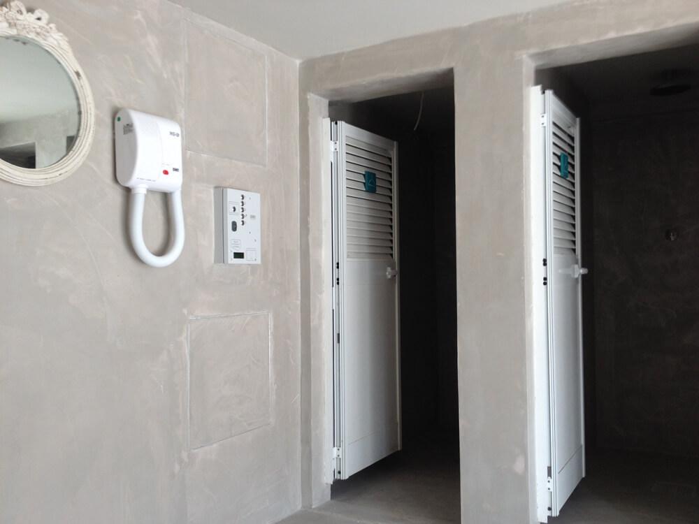 pareti in microcemento nel bagno