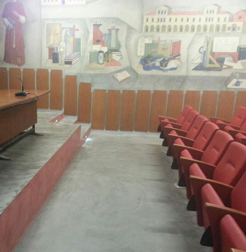 la prima parte dell'aula al teatro