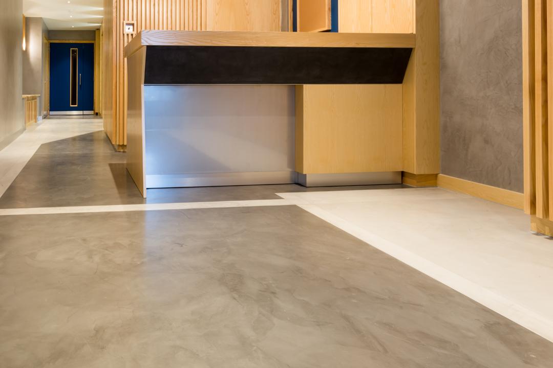 l'ufficio con il pavimento nuovo