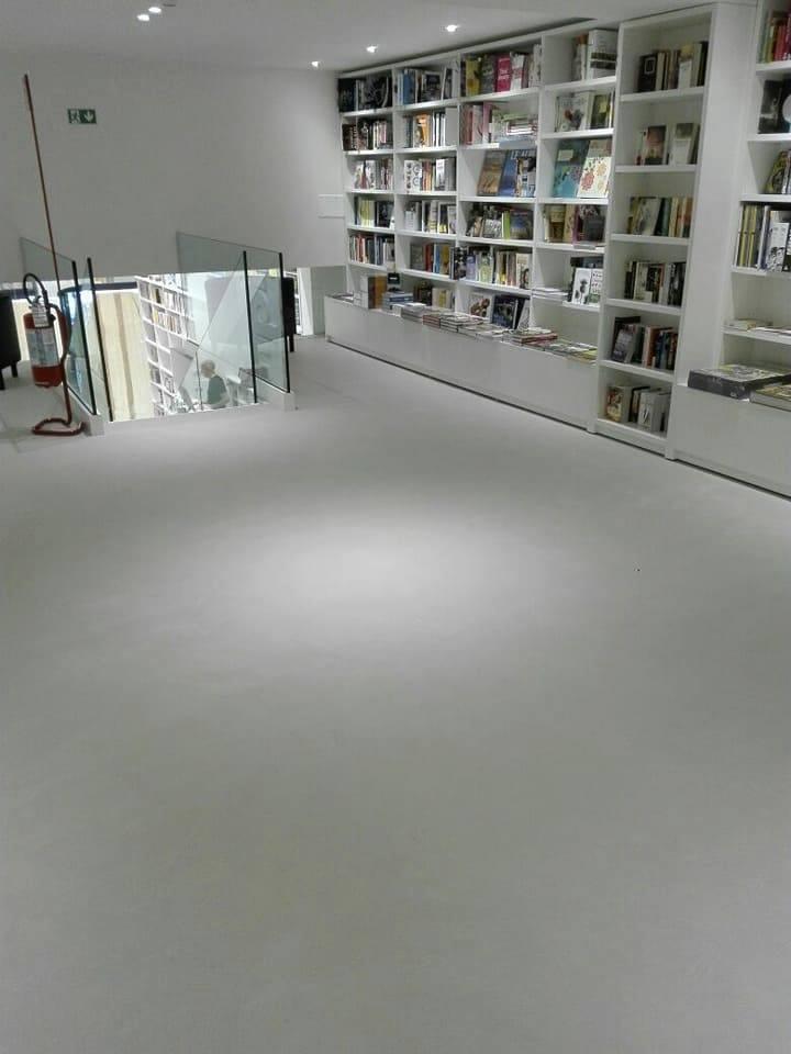 libreria varese in microcemento